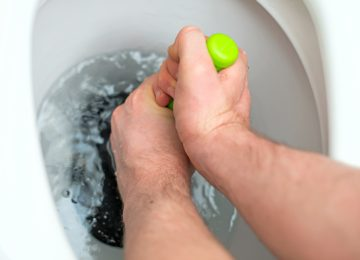 Avoid Toilet Clogs and Other Problems This Holiday Season