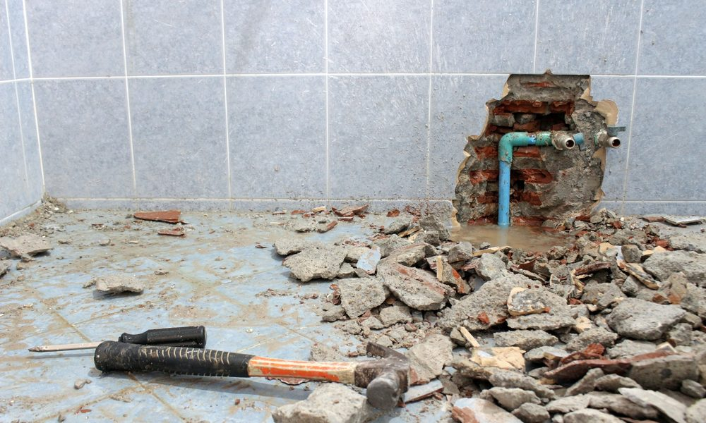 How Do Plumbers Find a Leaky Pipe?